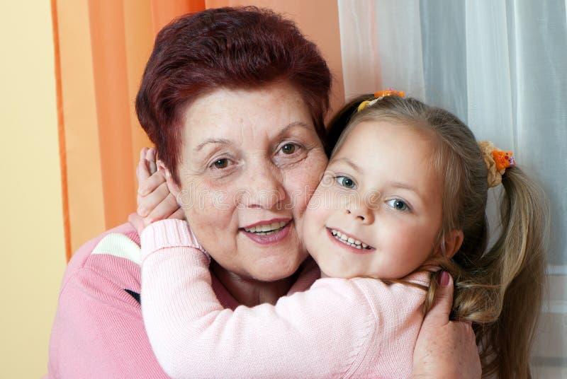 μεγάλο χαμόγελο γιαγιά&delta στοκ εικόνες
