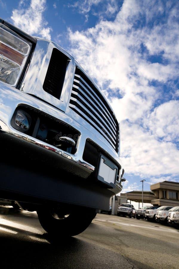 Download μεγάλο truck ουρανού στοκ εικόνα. εικόνα από κατάλογος - 13175135