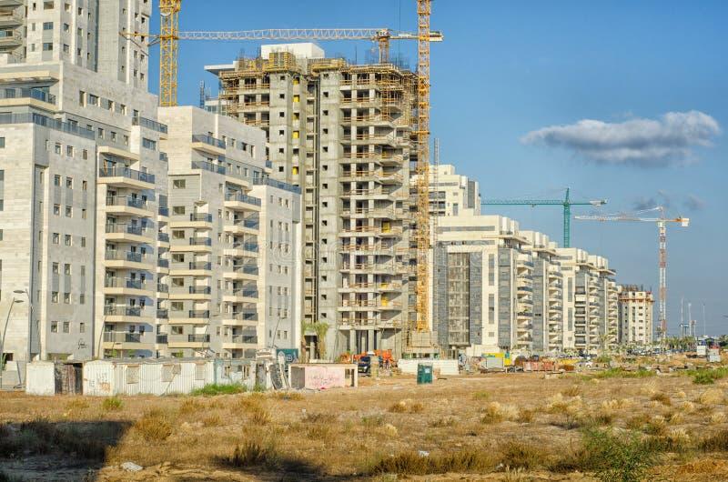 Μεγάλη κατοικημένη περιοχή πολυκατοικίας κάτω από την κατασκευή στοκ φωτογραφία με δικαίωμα ελεύθερης χρήσης