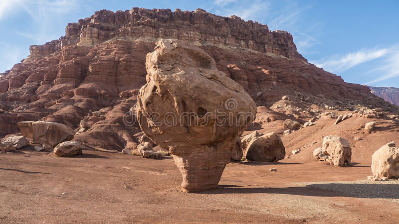 Μεγάλη κόκκινη πέτρα στοκ φωτογραφίες με δικαίωμα ελεύθερης χρήσης