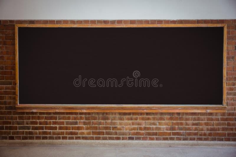 Μεγάλος πίνακας κιμωλίας στην τάξη στοκ εικόνες