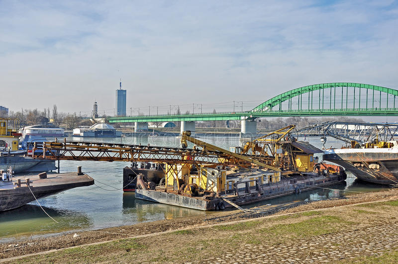 Μεγάλος ποταμός πόλεων στοκ εικόνα με δικαίωμα ελεύθερης χρήσης
