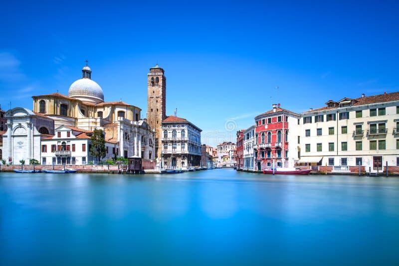Μεγάλο κανάλι της Βενετίας, ορόσημο εκκλησιών SAN Geremia. Ιταλία στοκ φωτογραφίες με δικαίωμα ελεύθερης χρήσης