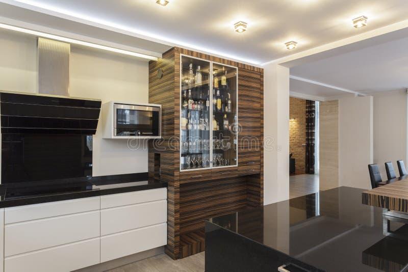 Μεγάλο σχέδιο - άποψη κουζινών στοκ φωτογραφίες με δικαίωμα ελεύθερης χρήσης