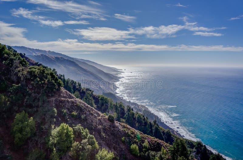 Μεγάλο Sur, ακτή ασβεστίου στοκ φωτογραφία