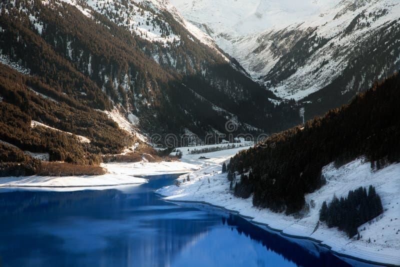 Μεγαλοπρεπείς απόψεις της δεξαμενής Durlassboden στην Αυστρία στοκ εικόνες με δικαίωμα ελεύθερης χρήσης