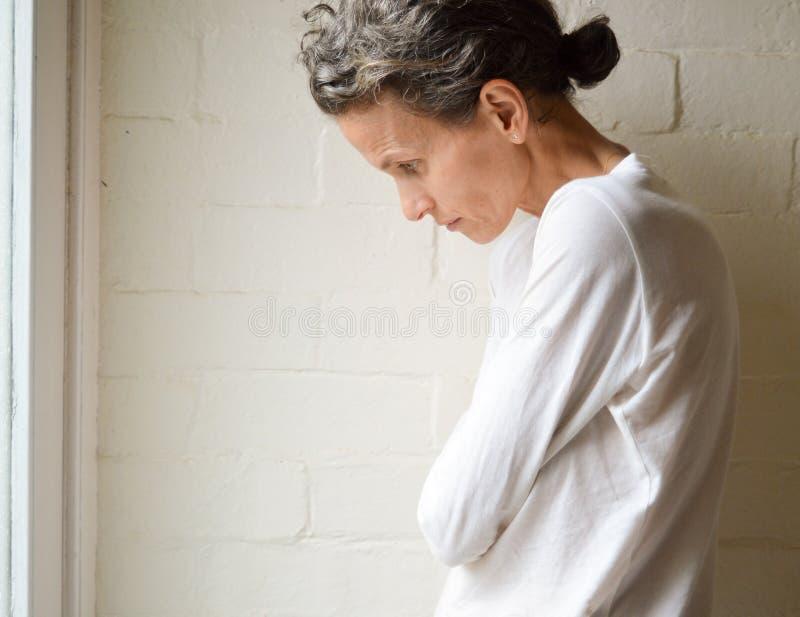 Μεμβρανοειδής ώριμη γυναίκα στοκ εικόνες