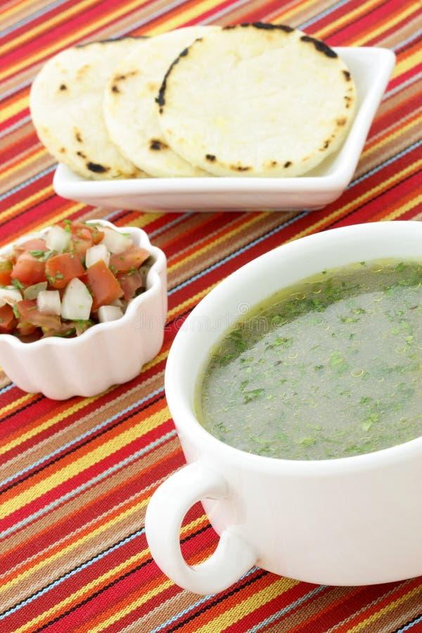 Μεξικάνικο consomme βόειου κρέατος στοκ φωτογραφία με δικαίωμα ελεύθερης χρήσης