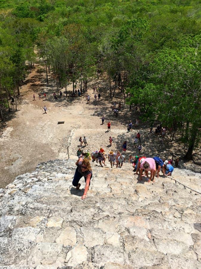 Μεξικό, ανάβαση πυραμίδων Coba στοκ φωτογραφία με δικαίωμα ελεύθερης χρήσης