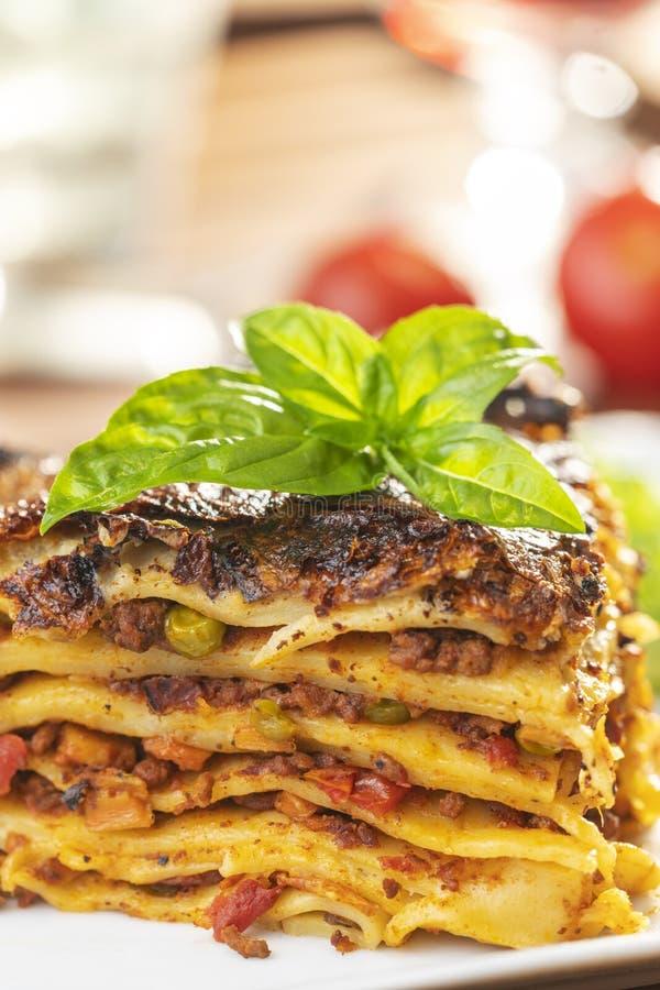 Μερίδα του lasagna στοκ φωτογραφίες με δικαίωμα ελεύθερης χρήσης