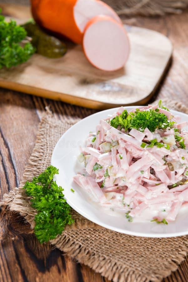Μερίδα της σπιτικής σαλάτας κρέατος στοκ εικόνες με δικαίωμα ελεύθερης χρήσης