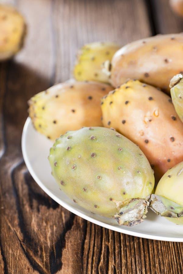 Μερικά φρέσκα τραχιά αχλάδια στοκ εικόνες