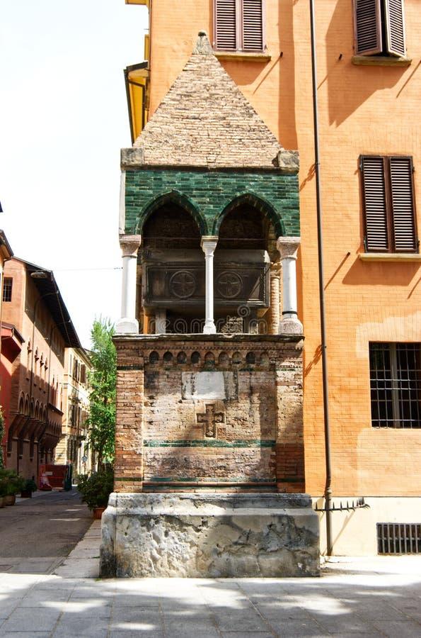 Μεσαιωνική κιβωτός του dei Glossatori, μεγάλοι κύριοι Glossatory Tombe του νόμου, κοντά στην εκκλησία του SAN Domenico Μπολόνια,  στοκ φωτογραφία με δικαίωμα ελεύθερης χρήσης