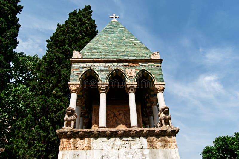 Μεσαιωνική κιβωτός του dei Glossatori, μεγάλοι κύριοι Glossatory Tombe του νόμου, κοντά στη βασιλική του SAN Francesco Μπολόνια,  στοκ φωτογραφία με δικαίωμα ελεύθερης χρήσης