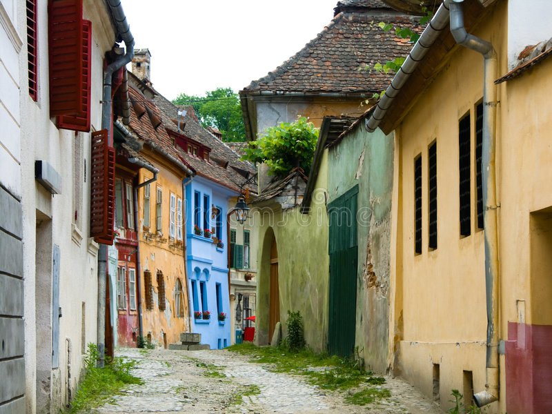 μεσαιωνική οδός sighisoara στοκ εικόνα