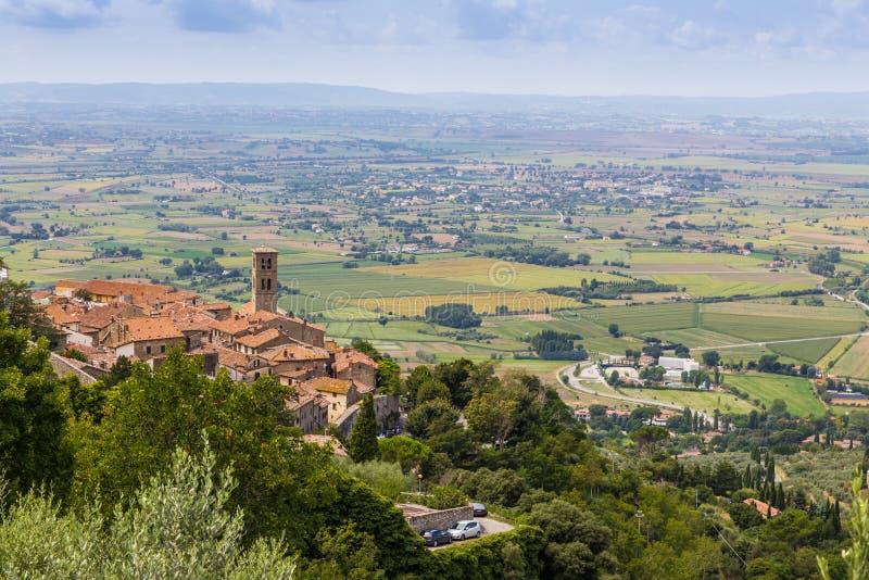 Μεσαιωνική πόλη Cortona στην Τοσκάνη, Ιταλία στοκ εικόνες