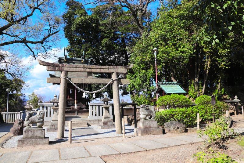 Μεσαιωνική πύλη Torii πετρών στο ναό shinto, περιοχή Bikan, πόλη Kurashiki, Ιαπωνία στοκ φωτογραφία