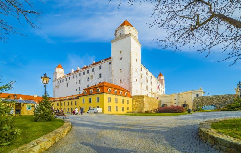 Μεσαιωνικό κάστρο στη Μπρατισλάβα, Σλοβακία στοκ εικόνες