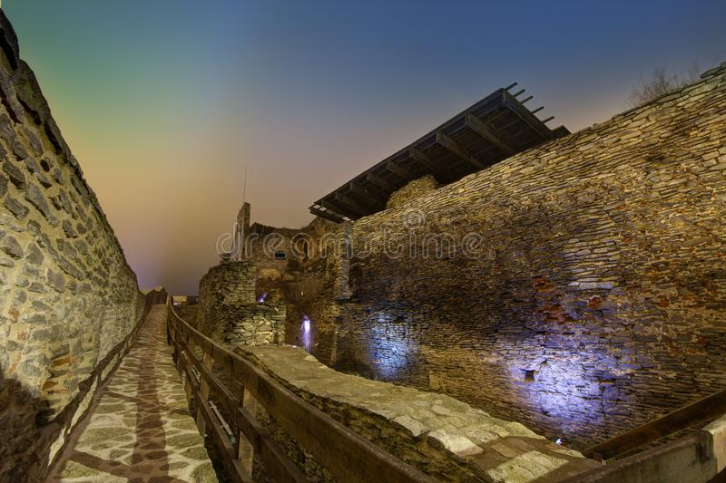 Μεσαιωνικό φρούριο Deva στην Ευρώπη, Ρουμανία στοκ φωτογραφίες