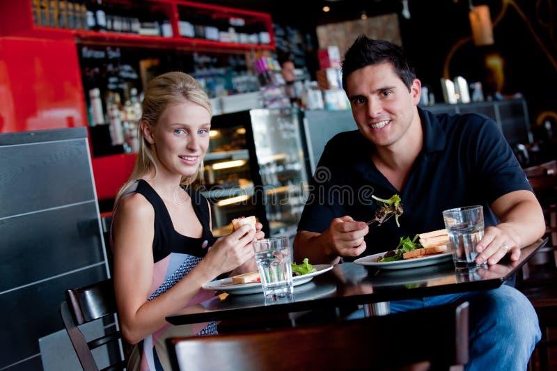 Μεσημεριανό γεύμα από κοινού στοκ φωτογραφίες