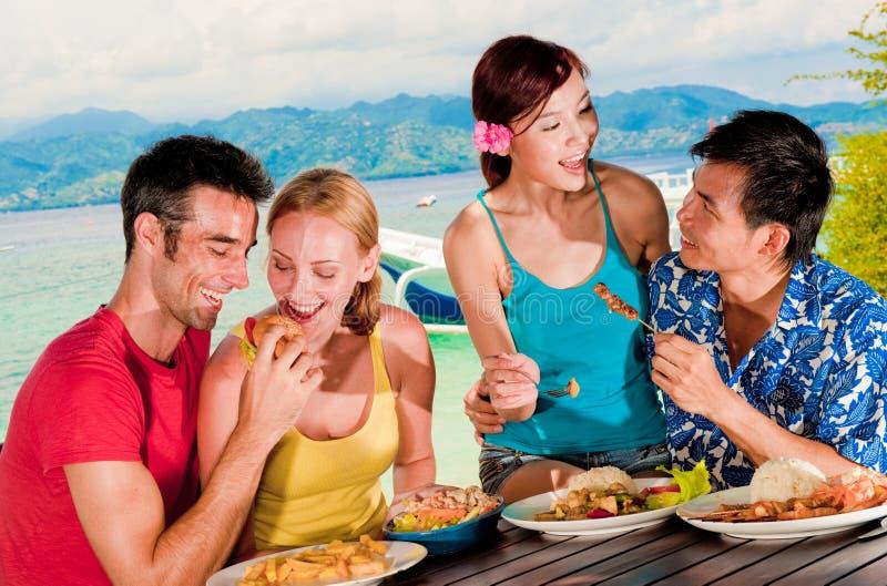 Μεσημεριανό γεύμα στις διακοπές στοκ εικόνα με δικαίωμα ελεύθερης χρήσης