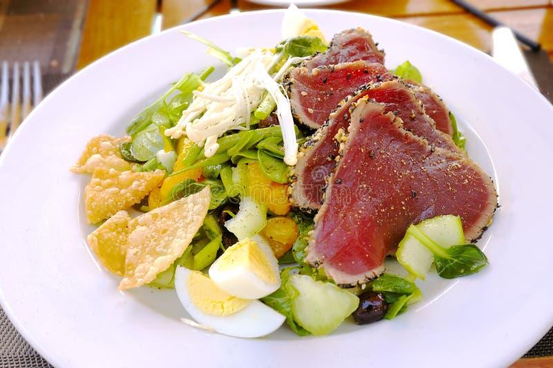 Μεσημεριανό γεύμα ταρτάρου μπριζόλας στοκ εικόνα