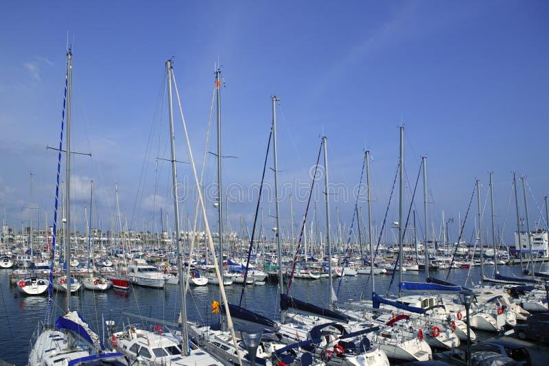 Download μεσογειακός αθλητισμό&sigm στοκ εικόνες. εικόνα από cityscape - 13184294