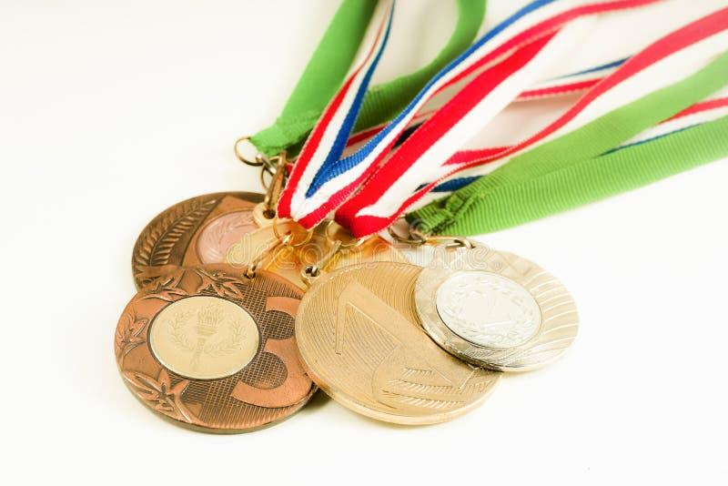 Μετάλλια στο άσπρο υπόβαθρο στοκ εικόνα