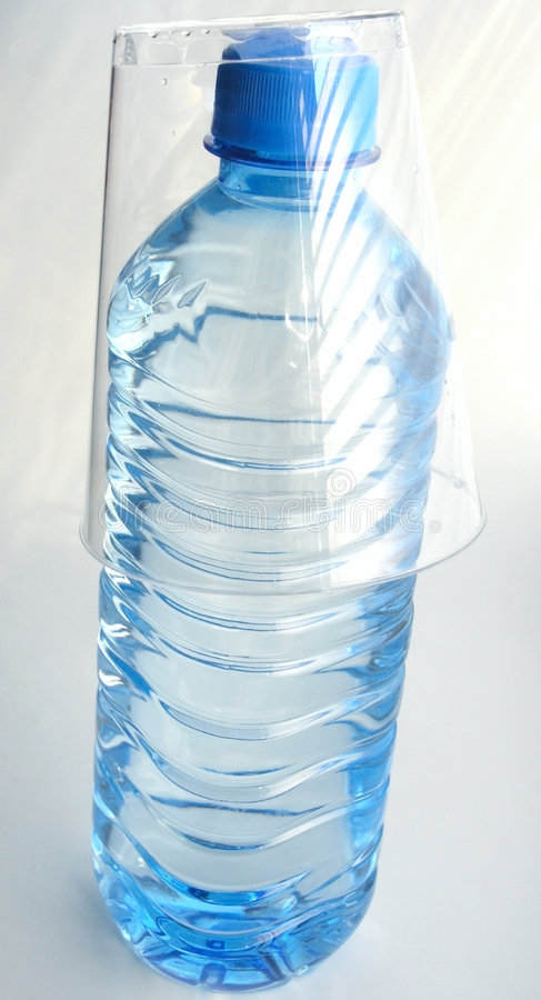 μεταλλικό νερό στοκ φωτογραφίες
