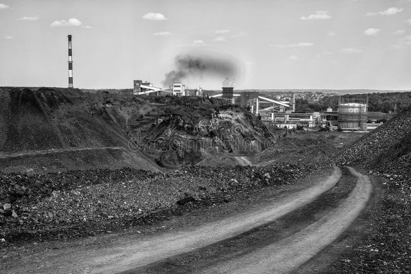 Μετατρέποντας σε κωκ εγκαταστάσεις άνθρακα στοκ εικόνες με δικαίωμα ελεύθερης χρήσης