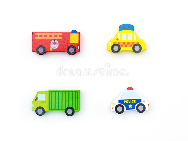 Μεταφορών αυτοκινήτων παιχνιδιών φραγμός που απομονώνεται ξύλινος στοκ φωτογραφίες με δικαίωμα ελεύθερης χρήσης