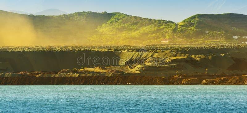 Μεταλλεία νικελίου της Νέας Καληδονίας στοκ φωτογραφίες με δικαίωμα ελεύθερης χρήσης