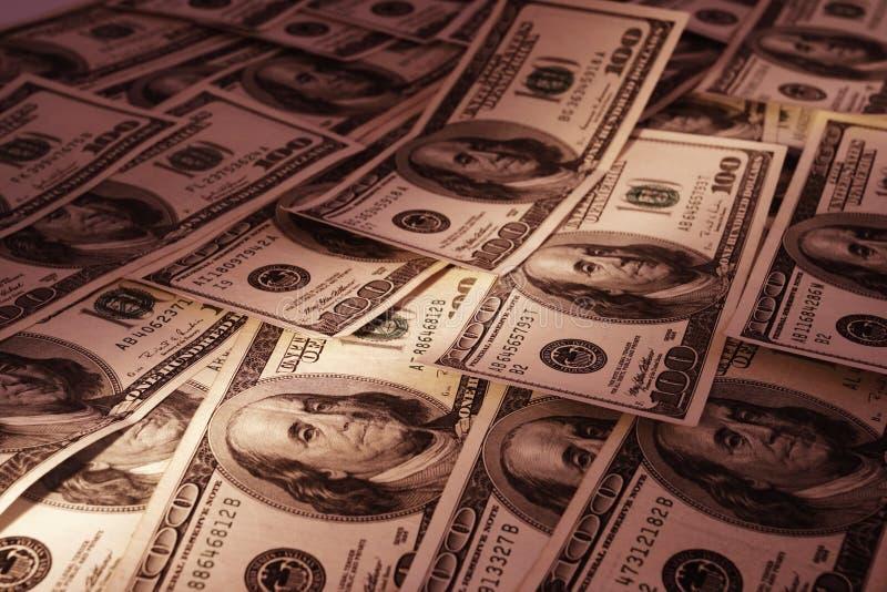 Download μετρητά στοκ εικόνες. εικόνα από δολάρια, σωρός, εκατό - 13182528