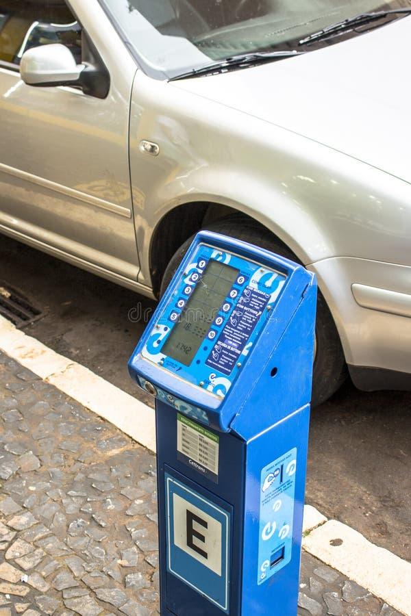 μετρητής στάθμευσης για περιστρεφόμενη στάθμευση σε δρόμο στο κέντρο του Cascavel, στοκ εικόνες με δικαίωμα ελεύθερης χρήσης