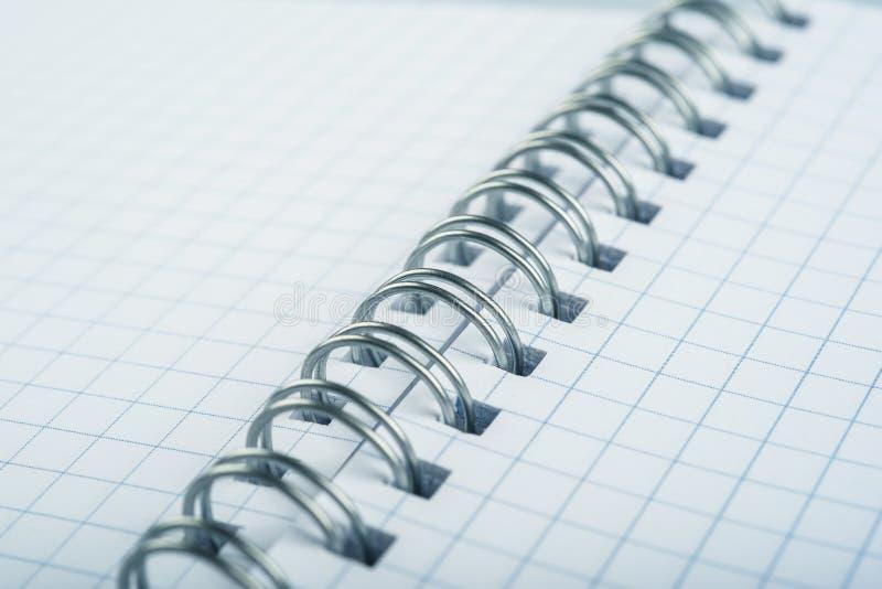 Με κινητά φύλλα σημειωματάριο στοκ φωτογραφίες με δικαίωμα ελεύθερης χρήσης