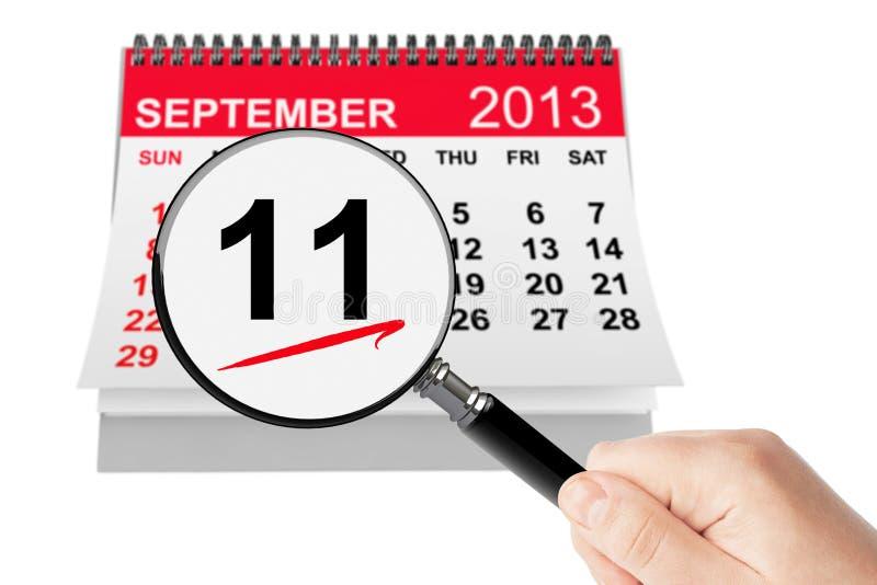 911 μην ξεχάστε ποτέ την έννοια. Στις 11 Σεπτεμβρίου 2013 ημερολόγιο με το magnif στοκ φωτογραφίες με δικαίωμα ελεύθερης χρήσης