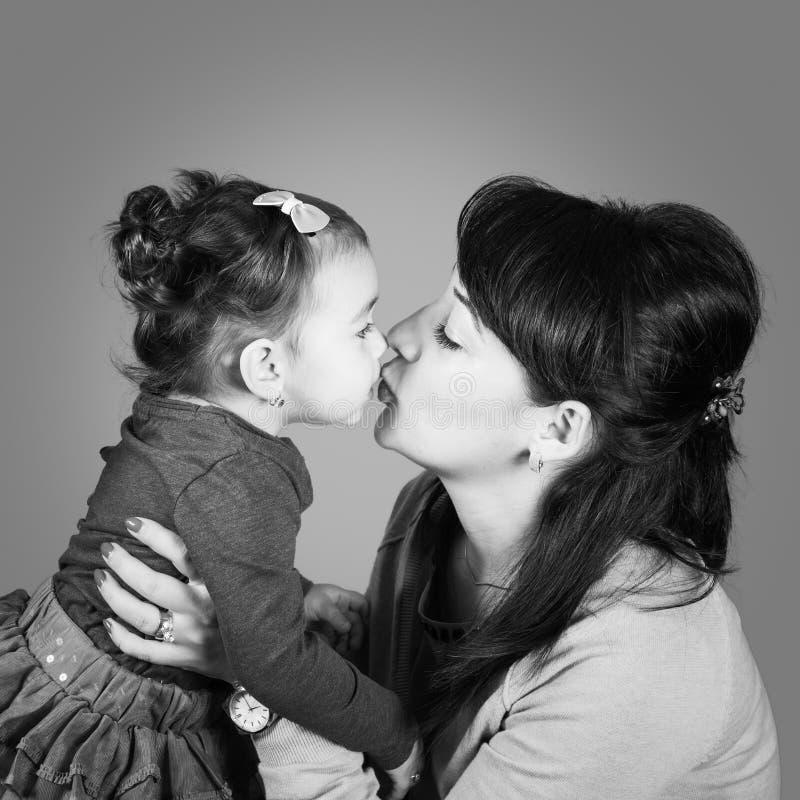 Μητέρα με την κόρη στοκ εικόνα με δικαίωμα ελεύθερης χρήσης