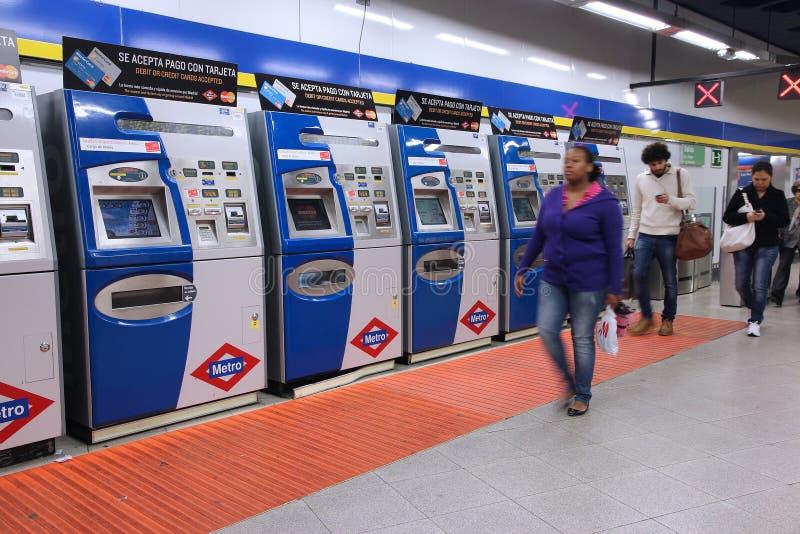 Μηχανές εισιτηρίων μετρό στοκ φωτογραφίες