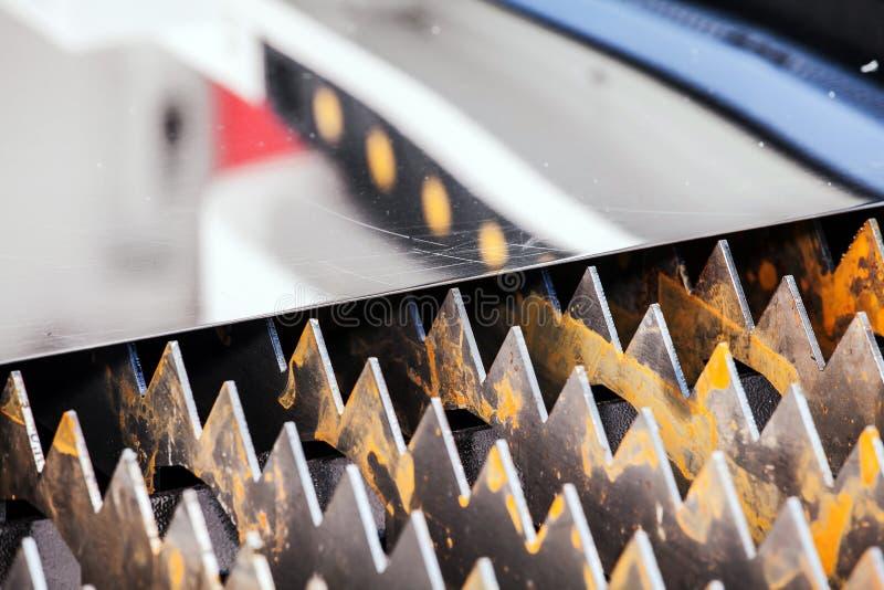 Μηχανή μετάλλων λέιζερ στοκ φωτογραφία με δικαίωμα ελεύθερης χρήσης