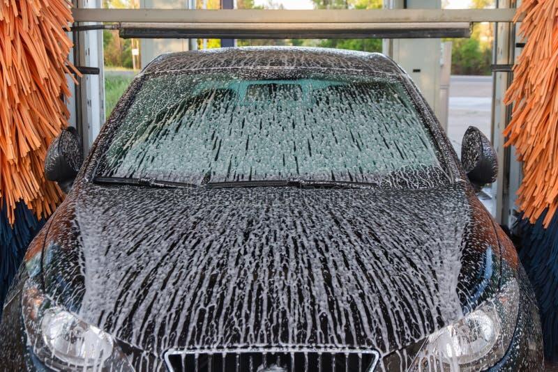 Μηχανή πλυσίματος αυτοκινήτων σηράγγων στοκ εικόνες
