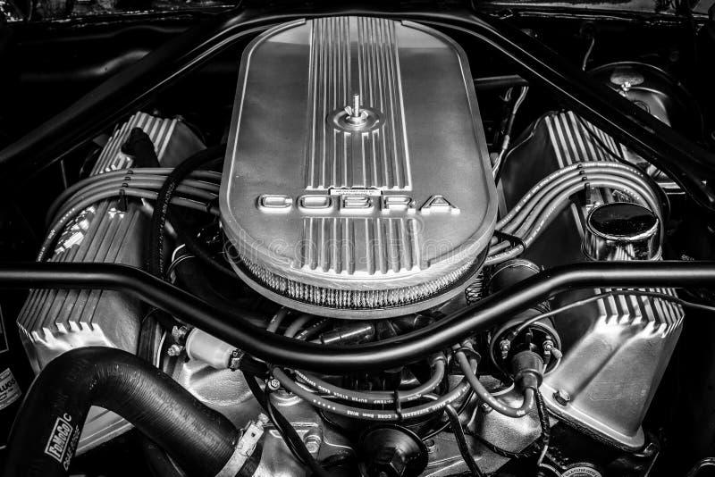 Μηχανή του μάστανγκ GT500 Eleanor της Ford Shelby Κινηματογράφηση σε πρώτο πλάνο μαύρο λευκό στοκ φωτογραφία με δικαίωμα ελεύθερης χρήσης