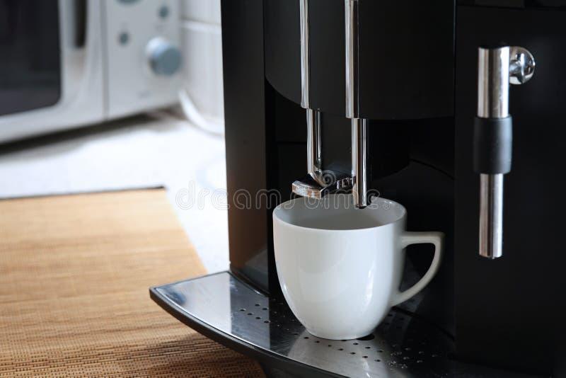 μηχανή expresso καφέ στοκ εικόνες
