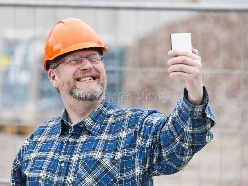 Μηχανικός και Selfie στοκ φωτογραφία με δικαίωμα ελεύθερης χρήσης