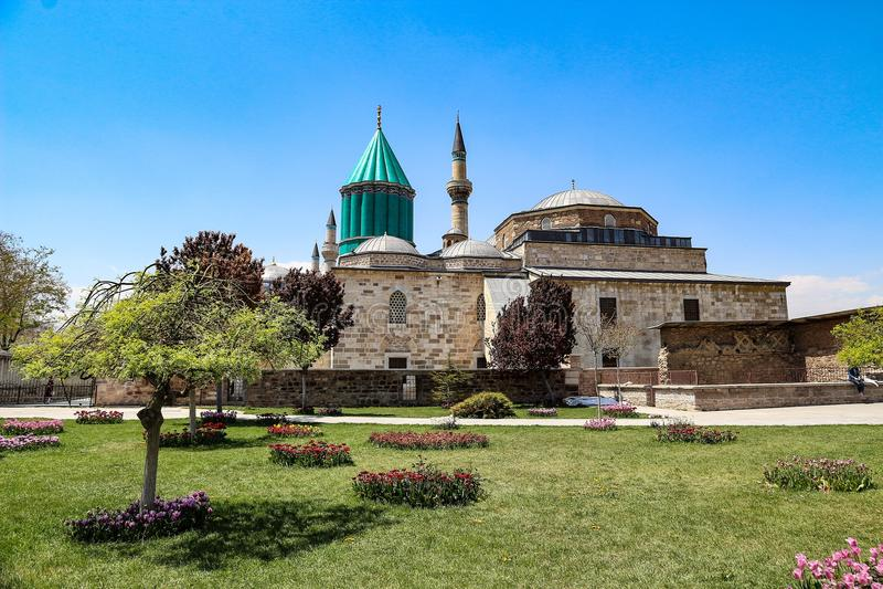 Μια άποψη του μουσουλμανικού τεμένους mevlana στοκ φωτογραφία