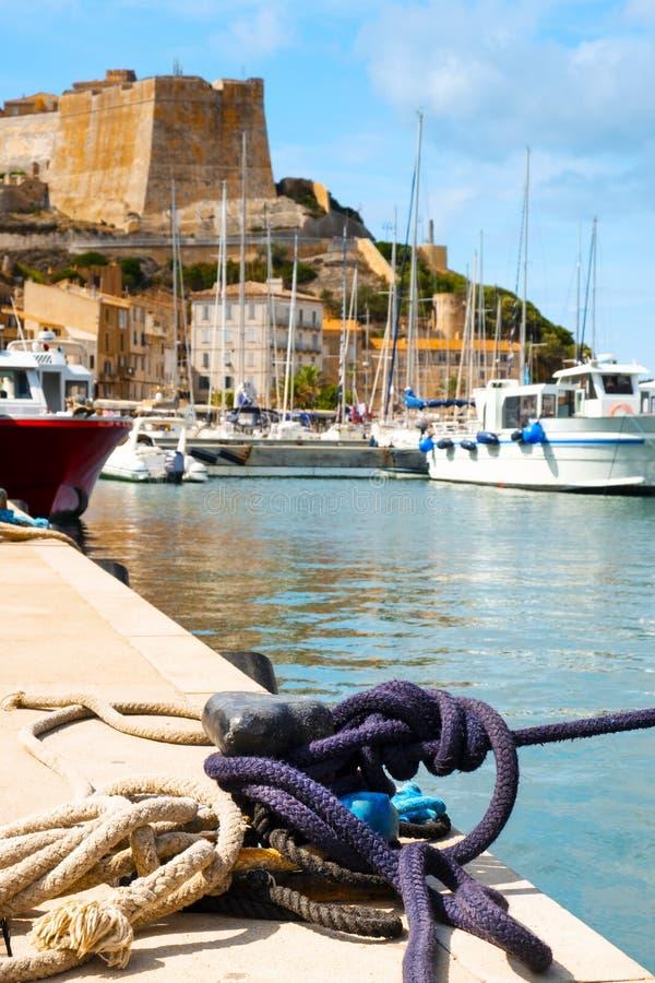 Μια άποψη Bonifacio, στην Κορσική, Γαλλία στοκ εικόνα