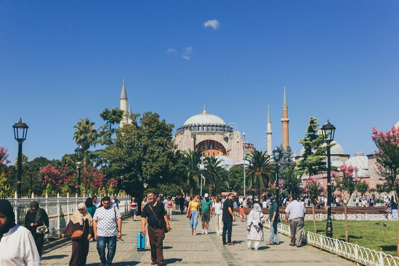 Μια άποψη Hagia Sophia κατά τη διάρκεια του καλοκαιριού στοκ εικόνα