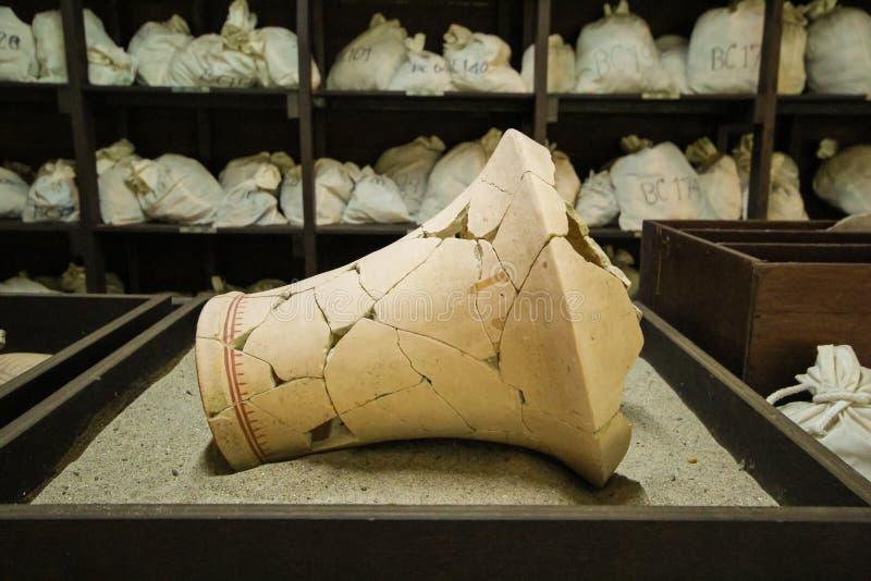 Μια αρχαία τραχιά στάμνα στοκ φωτογραφία με δικαίωμα ελεύθερης χρήσης
