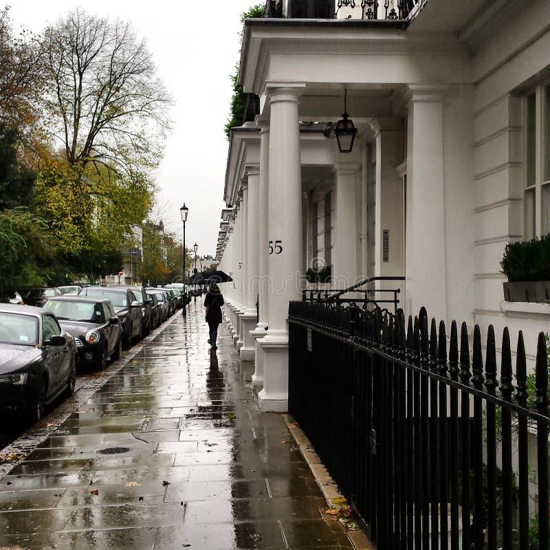Μια βροχερή ημέρα στην πόλη του Λονδίνου στοκ εικόνα