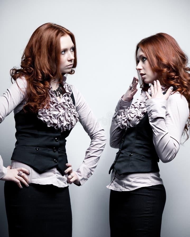 Μια γυναίκα σε δύο ρόλους στοκ φωτογραφίες