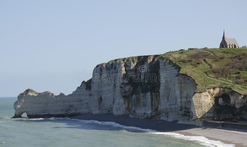 Μια εκκλησία στον απότομο βράχο στοκ εικόνες